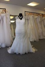 Lace Organza V Neck Cap Sleeve Wedding Dresses