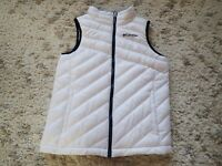 Columbia Quilted Puffy Vest Girl's size Medium 10/12  White w/ Black Trim Mint