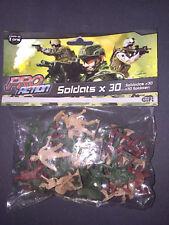 Lot de 30 petits soldats