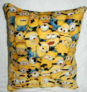 NEW HANDMADE MINIONS   DESPICABLE ME  FLANNEL CUDDLE  PILLOW