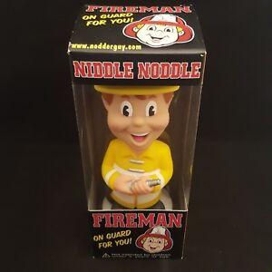 FUNKO NIDDLE NODDLE FIREMAN YELLOW JACKET WACKY WOBBLER BOBBLE HEAD - DENTED BOX