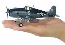 Easy Model 1/72 USAF F6F-5 Hellcat VF-6 USS INTREPID 1944 Fighter Model #37298