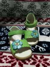 Jumping Jacks Boutique Style Girls Pea Green Leather Shoes Sz 4 Toddler NWOB