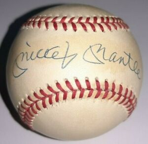 Mickey Mantle Signed Baseball UDA Autographed Upper Deck Authenticated COA