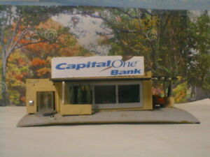 N scale Bank  detailed,painted, Bachmann