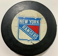 Vintage NEW YORK RANGERS Trench MFG Official NHL Hockey Puck RARE