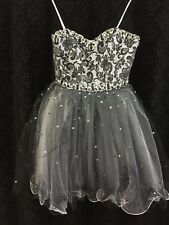 Beaded Tulle Party Dress Sweetheart Neckline Size 8 black lace