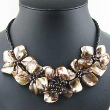 BROWN FLOWER MOTHER OF PEARL SHELL necklace