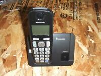 Panasonic KX-TGE210 Digital Cordless Phone Black