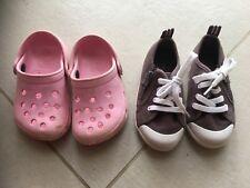 Lot Chaussures fille 23 (baskets et sabots type crocs)