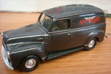 Ertl Classic Vehicles Grey 1951 GMC Panel SILVER BIRD Truck Die-cast Metal 1/43