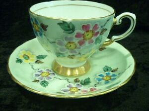 Vintage Tuscan bone china Cup & Saucer. 1947-1967, hand painted pattern# C4554