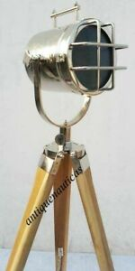 Handmade Designer Searchlight Lamp Collectible Spot Light Lamp with tripod stand