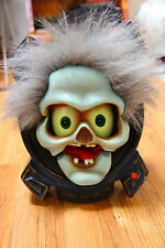 Gemmy Animated Head on Plaque Happy Halloween Screaming Lights Movement Works