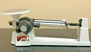 OHaus Dial-O-Gram 1600 Series Balance