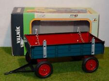 KOVAP 1:25 SCALE 0403 TRAILER BLUE & RED FARM TIN TOY