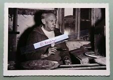 More details for postcard  real.photo. c1957 le maitre, picasso in his studio.by andre villers