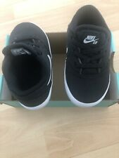 Nike sb cheque Cnvs Baby BQ9988 Negro 999 UK 6.5. 23.5 euros. USA 7C