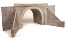 Metcalfe PO242 Double Track Tunnel Entrances OO/HO Gauge Card Kit