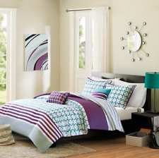 Intelligent Design Lacey Comforter Set - Full/Queen