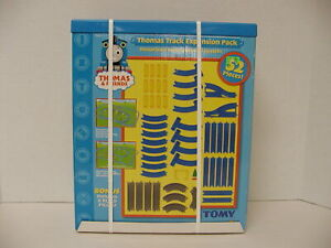 NEW THOMAS AND FRIENDS MOTORIZED ROAD AND RAIL TRACK EXPANSION PACK TOMY 7534