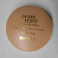 Bourjois Pastel Teint Essential Pressed Powder 66 Vanille unsealed case flaw