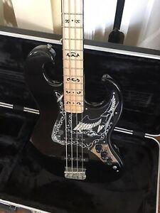 2015 Ibanez Black Eagle Bass Guitar reissue 2609B excellent & HSC