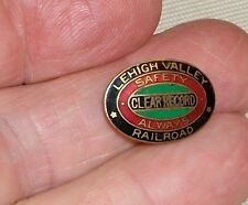 ***VINTAGE LEHIGH VALLEY RAILROAD CLEAR SAFETY RECORD ENAMEL LAPEL PIN***