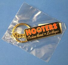 "HOOTERS Restaurant ""CASINO HOTEL LAS VEGAS KEYCHAIN"" - Brand New Key Chain"