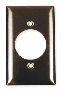 Hubbell SS720 Outlet Wall Plate