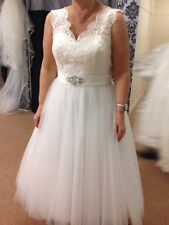 V Neck Regular Size Short Sleeve Wedding Dresses