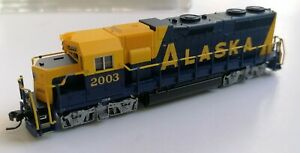 Atlas N' EMD GP-38 ALASKA #2003 (NEW IN THE BOX FROM OLD INVENTORY)