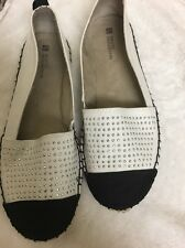 White Mountain Alfresco Women's Flat Shoes 11M Ivory/Black Studs Espadrille NWOT