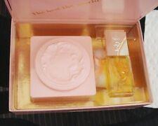 NIB EVYAN PERFUME BODY POWDER WHITE SHOULDERS PERFUME BOTTLE SET 3.5 OZ  NR