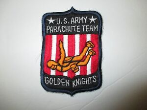 b5979 US Army Golden Knights Parachute Team IR39C