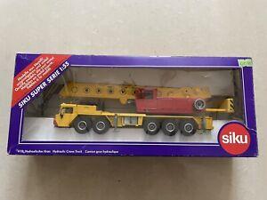 Siku 4110 Hydraulic Crane Truck 1:55