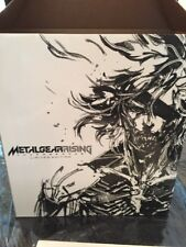 Xbox 360 Metal Gear Rising Revengeance Limited Edition Figure And Game Set
