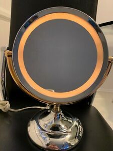 HoMEDICS Double Sided Magnifying Light Illuminated Makeup Beauty Large Mirror