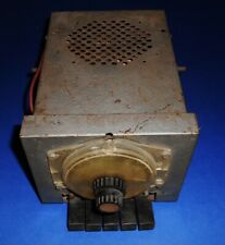 Vintage AUTOMATIC RADIO  6 volt Push Button  Mid 1950's Ford ?