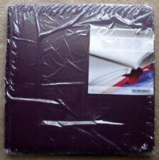 Scrapbooking Strap-Hinge Albums