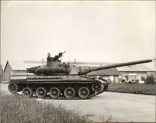 45 GIEN ?? PHOTO GRAND FORMAT CASERNE ARTILLERIE ?? CHAR TANK