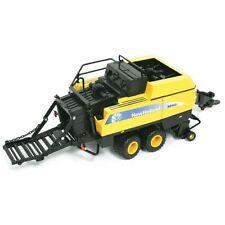 New Holland Modelle von Landwirtschaftsfahrzeugen aus Kunststoff