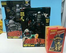 Forbidden Planet ROBBY THE ROBOT (3) Figure LOT MIB -1999 Trendmasters & Walmart