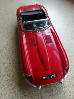 JAGUAR XKE - 4.2 Litre - 1:16 Scale - by Polistil - Excellent Condition - 1980.