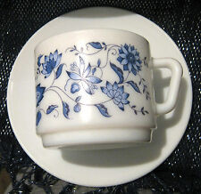 Gorgeous Arcopal cup and saucer with great vintage retro design
