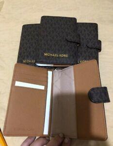 US BOUGHT Michael Kors Jet Set Travel Passport Case Wallet