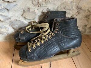 Vintage 1930s Canadian CCM men's leather ice skates, Super Fagan blades, size 8