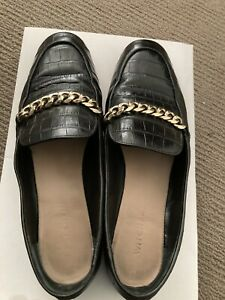Witchery - Black Leather Textured Loafer Flats Size 39.