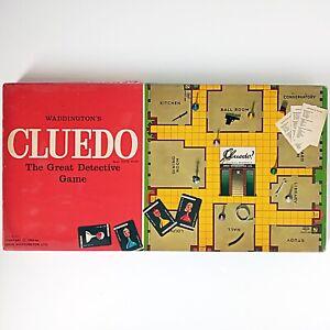 Cluedo (Vintage Board Game, 1965 John Waddington Ltd) Complete with instructions