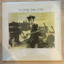 """NEIL YOUNG """"COMES A TIME"""" RARE LP MADE IN ITALY - SEALED"""
